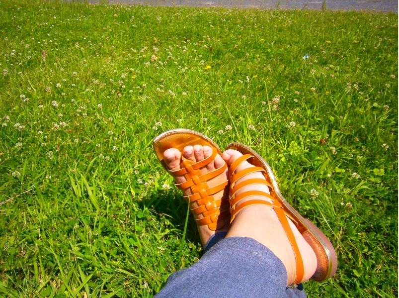 The Traveler's Feet
